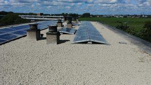 VvE W. Buninglaan te Waddinxveen zonnepanelen dak plaatsing